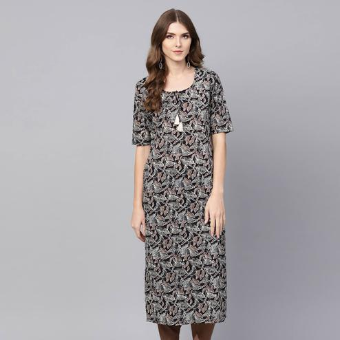 Exceptional Black Colored Casual Wear Printed Cotton Kurti