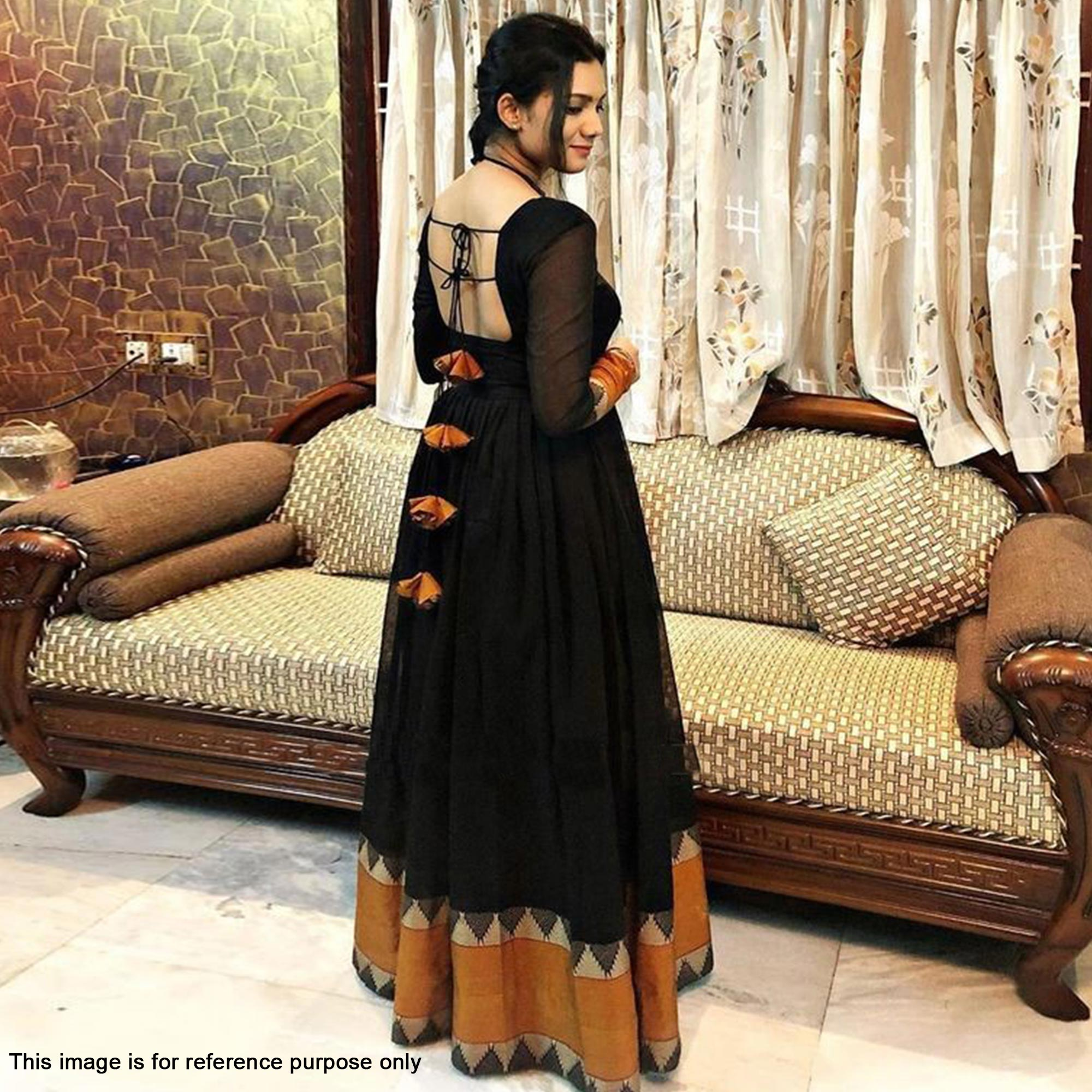 Innovative Black Colored Partywear Woven Georgette Gown