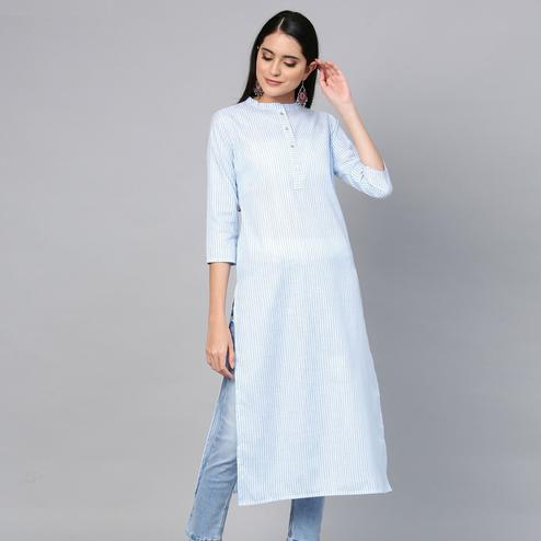 Unique Blue Colored Casual Wear Printed Cotton Kurti