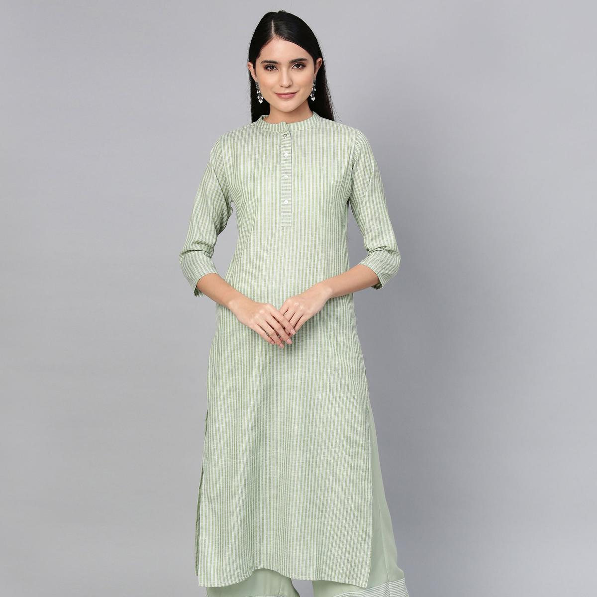 Refreshing Olive Green Colored Casual Wear Printed Cotton Kurti