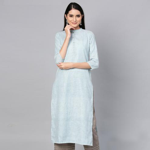 Magnetic Blue Colored Casual Wear Printed Cotton Kurti