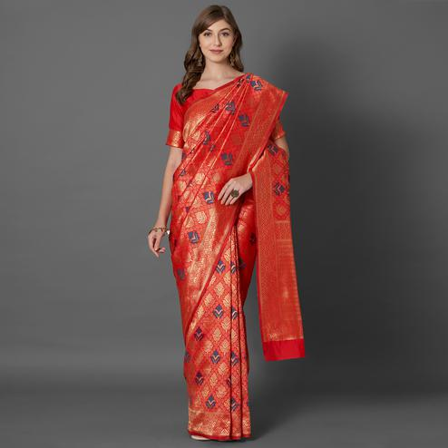 Trendy Red Colored Festive Wear Woven Silk Saree