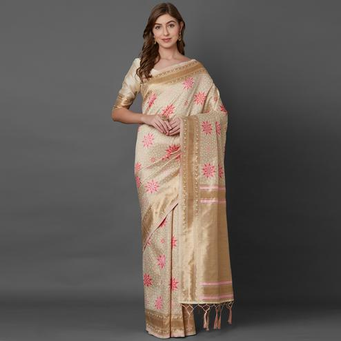 Mesmeric Cream Colored Festive Wear Geometric Printed Banarasi Silk Saree