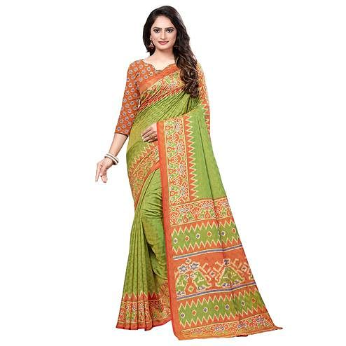 Flaunt Green Colored Casual Printed Art Silk Saree