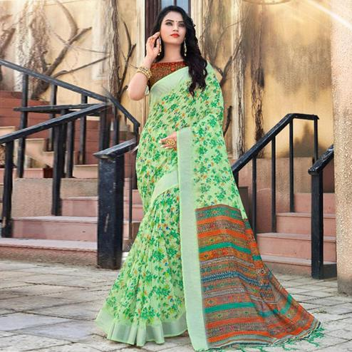 Ethnic Green Colored Casual Floral Printed Linen Saree