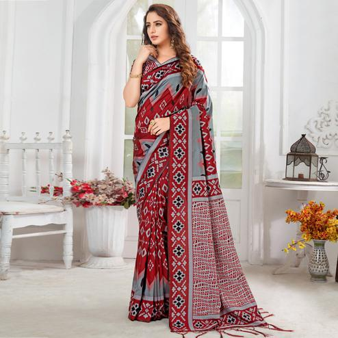 Elegant Red-Grey Colored Casual Chervon Printed Cotton Saree