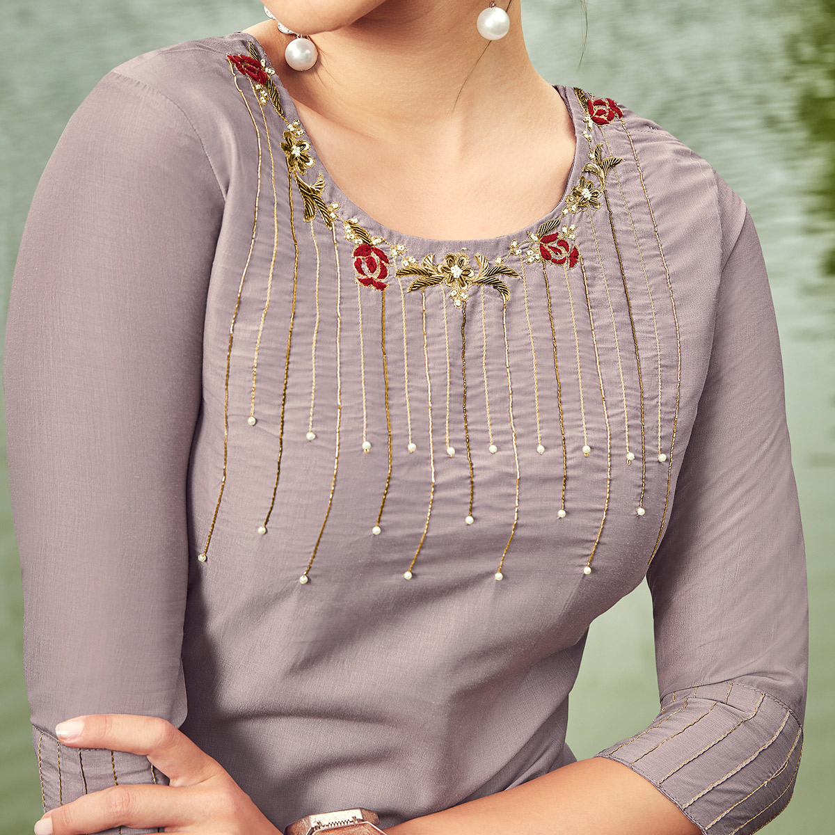 Ethnic Light Purple Colored Partywear Hand Embroidered Muslin Silk Kurti-Palazzo Set