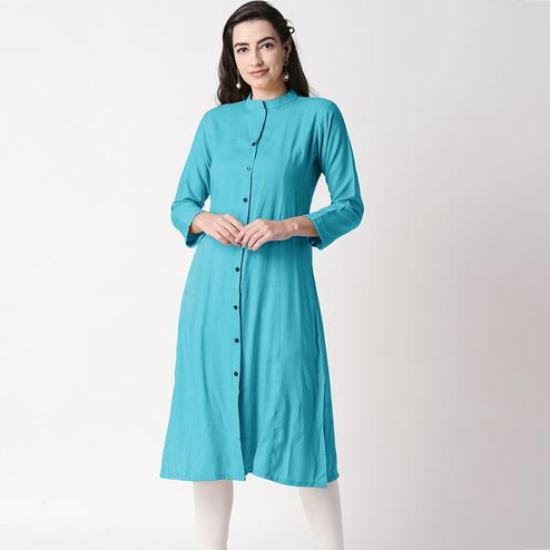 Arresting Aqua Green Colored Casual Wear Cotton Kurti