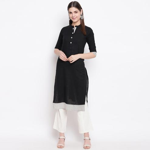 Blooming Black Colored Casual Wear Printed Cotton Kurti