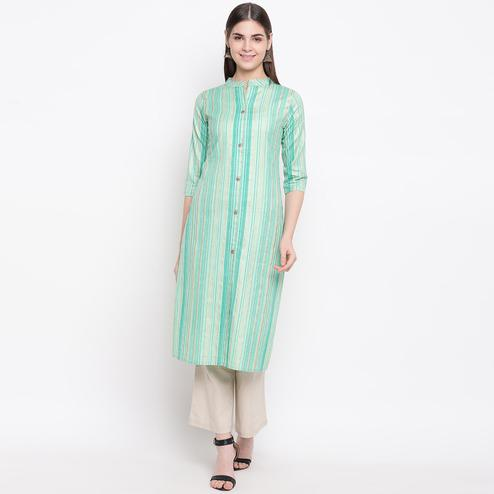 Engrossing Aqua Green Colored Casual Wear Printed Cotton Kurti