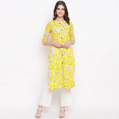 Gorgeous Yellow Colored Casual Wear Printed Cotton Kurti