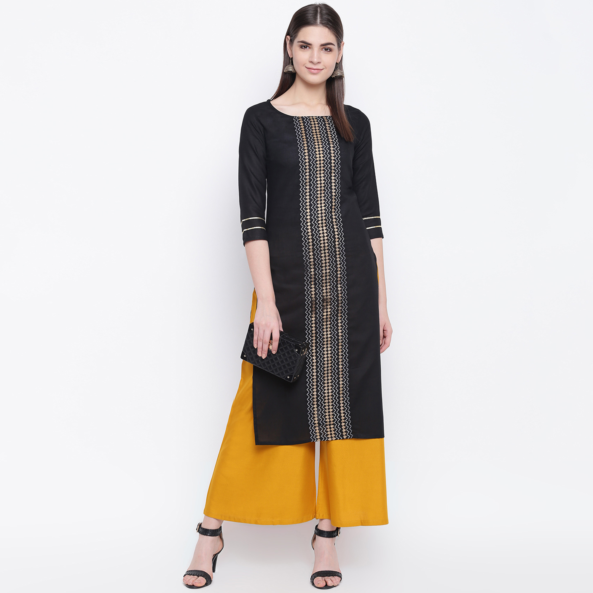 Engrossing Black Colored Casual Wear Printed Cotton Kurti