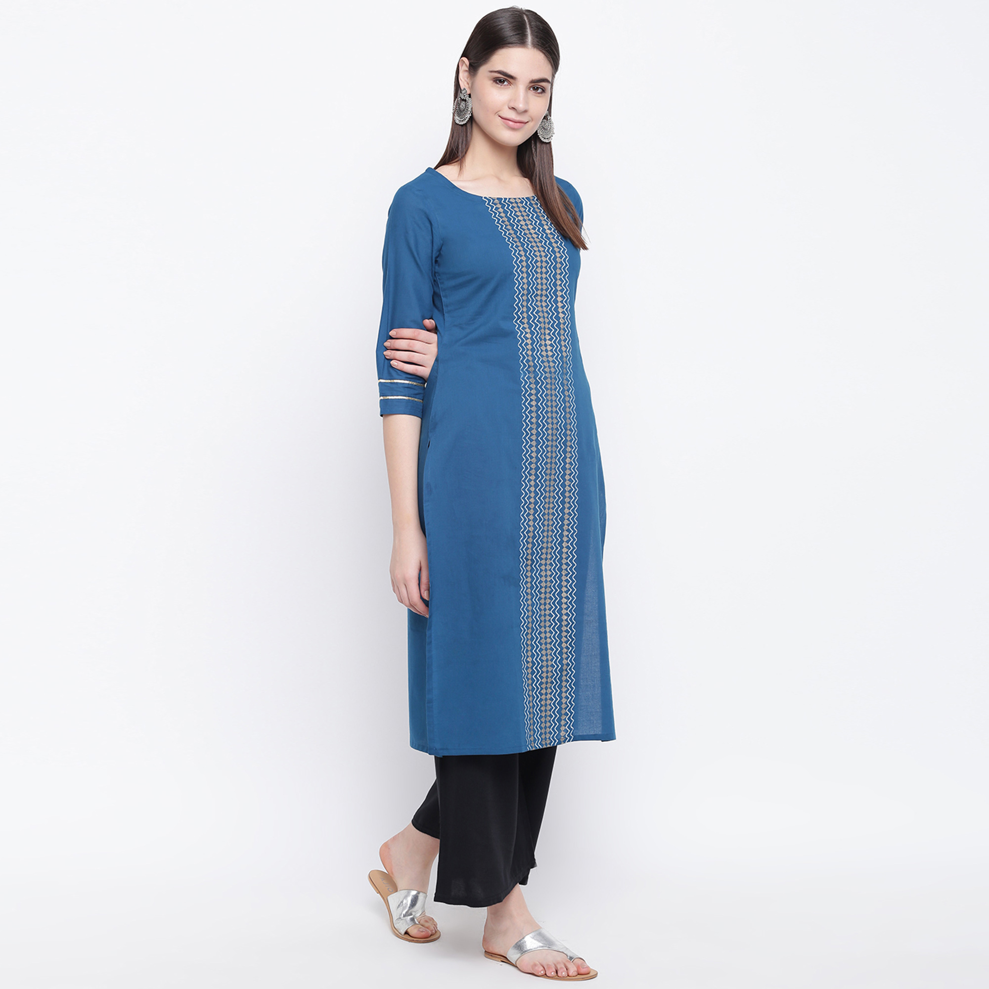 Captivating Blue Colored Casual Wear Printed Cotton Kurti