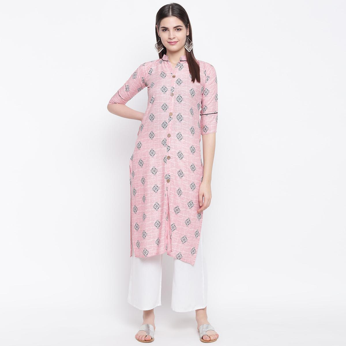 Adorable Pink Colored Casual Wear Printed Cotton Kurti