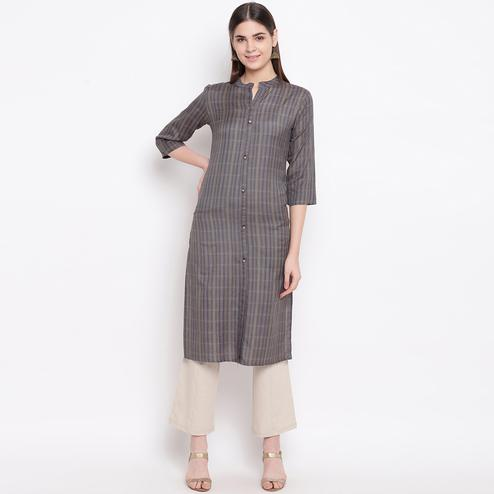 Graceful Grey Colored Casual Wear Printed Cotton Kurti