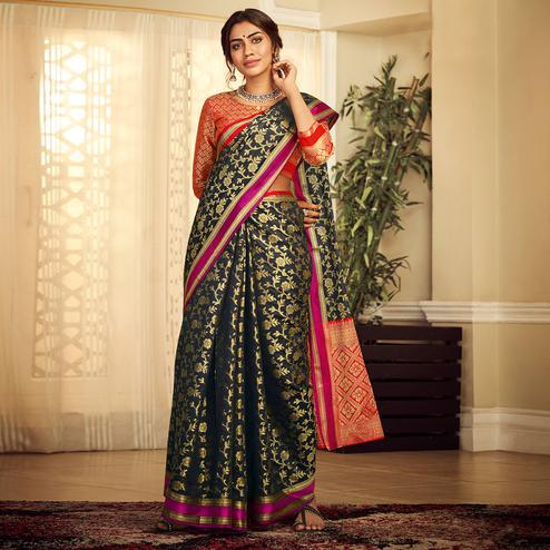 Arresting Black Colored Festive Wear Woven Silk Saree