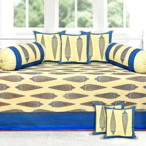 Charming Gold Printed With Blue Border Diwan Set