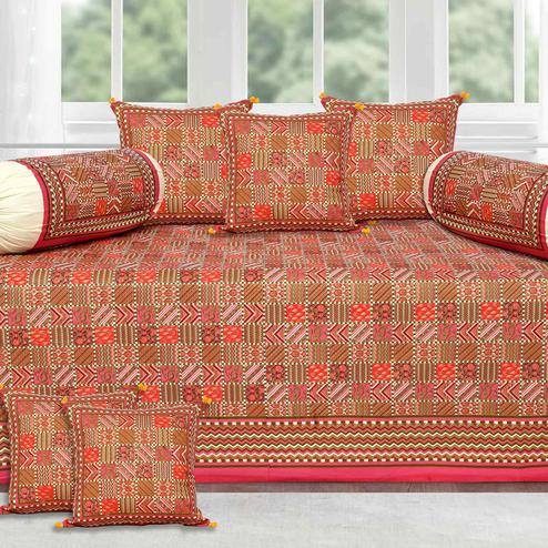 Excellent Red Border Small Designer Checks Gold Print Diwan Set