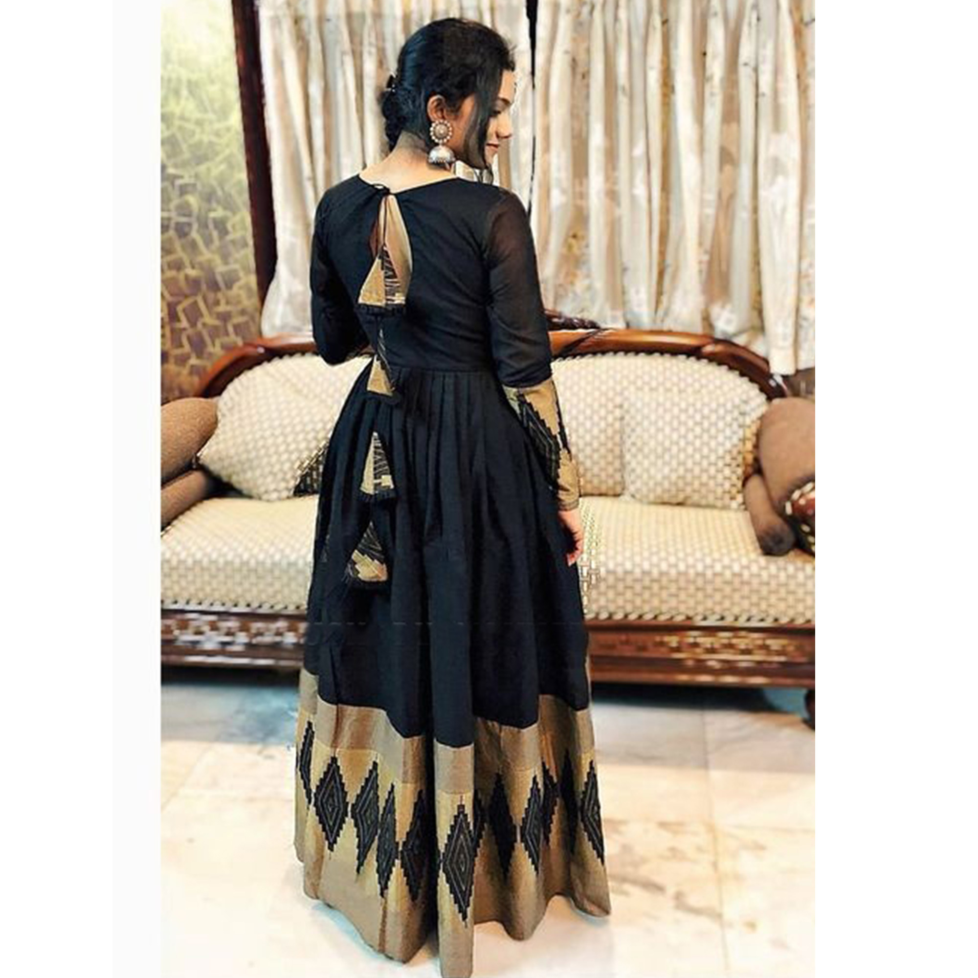 Exceptional Black Colored Partywear Printed Rayon Gown