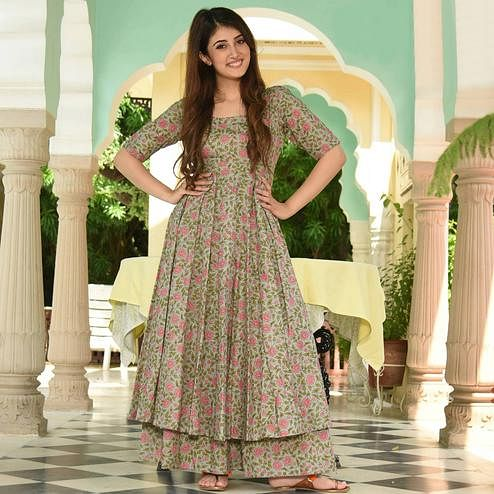 Marvellous Light Green Colored Casual Digital Printed Pure Muslin Kurti-Palazzo Set