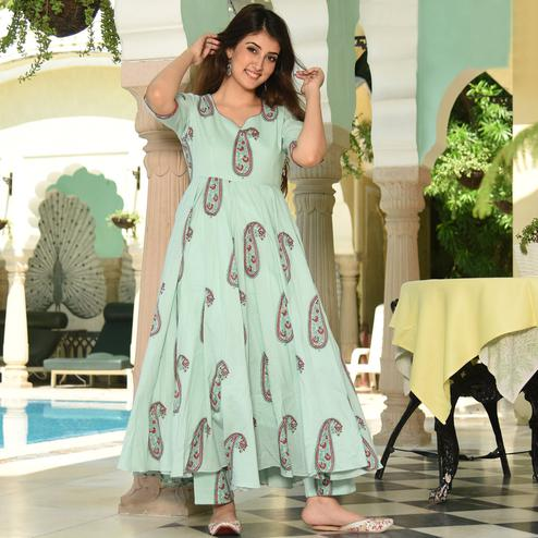 Surpassing Light Aqua Green Colored Casual Digital Printed Pure Muslin Kurti-Palazzo Set
