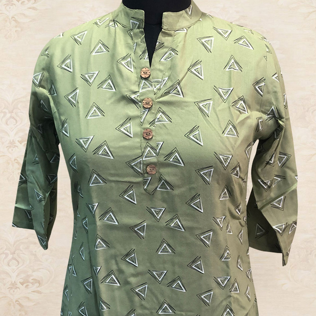 Charming Light Green Colored Casual Printed Cotton Top