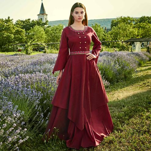 Sophisticated Maroon Colored Partywear Embroidered Silk-Cotton Slub Gown