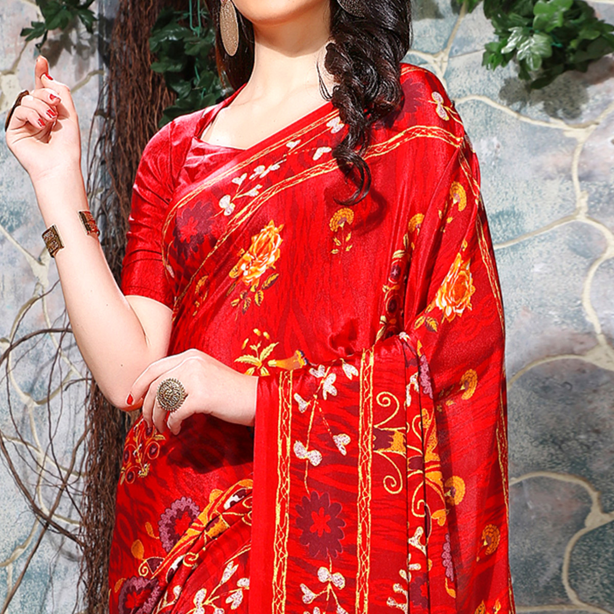 Charming Red Colored Casual Wear Printed Crepe Saree