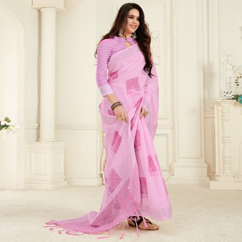 Intricate Pink Colored Casual Printed Linen Saree With Tassels
