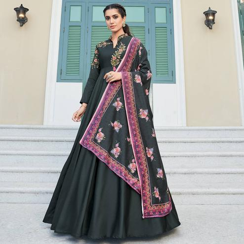 Alluring Black Colored Partywear Embroidered Silk Anarkali Suit