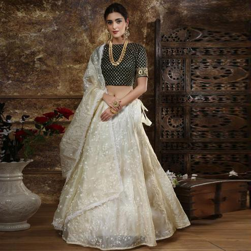 Gorgeous White Colored Partywear Embroidered Organza Lehenga Choli
