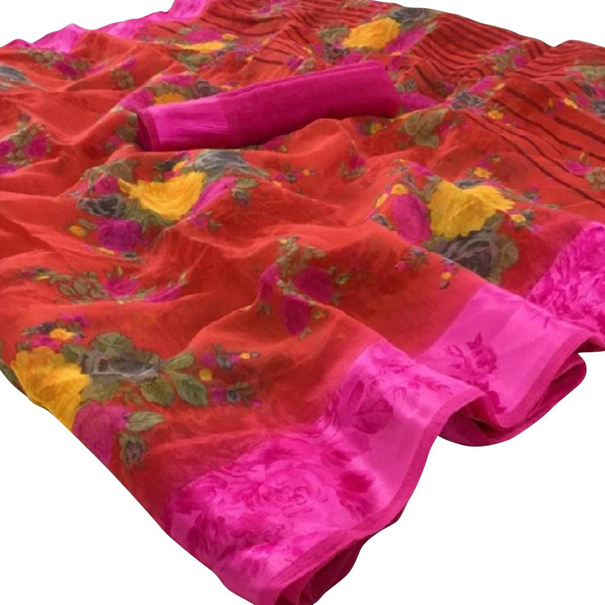 Flirty Red-Pink Colored Casual Wear Floral Printed Linen Saree