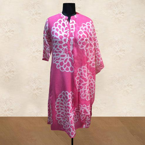 Blooming Pink Colored Casual Printed Cotton Kurti With Dupatta