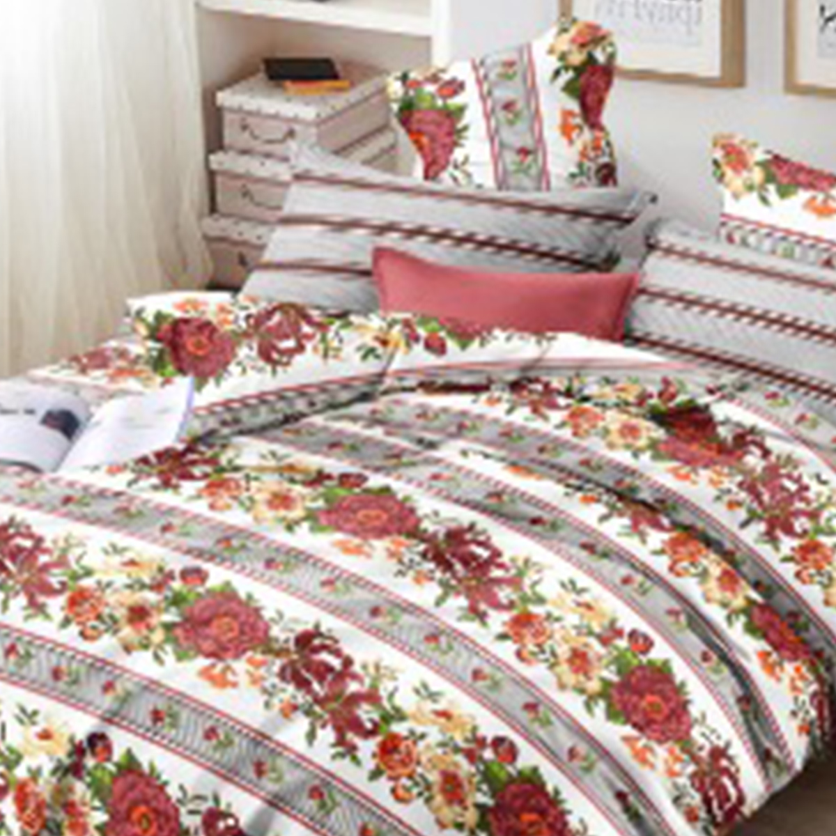 Staring Maroon Colored Floral Printed Cotton Double Bedsheet With Cushion Cover