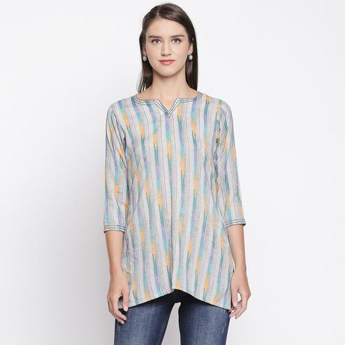 Classy Grey-Green Colored Casual Wear Printed Cotton Top