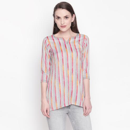 Appealing Grey-Red Colored Casual Wear Printed Cotton Top