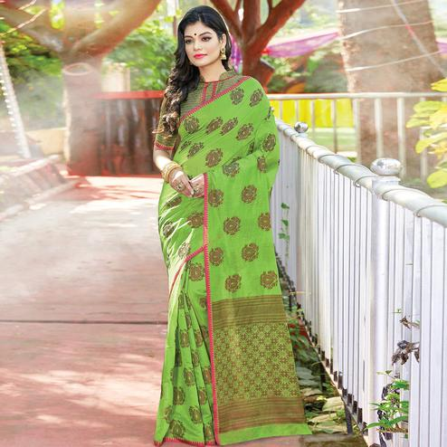 Staring Green Colored Festive Wear Woven Cotton Handloom Saree