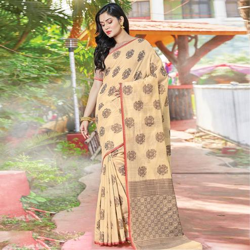 Pleasance Off White Colored Festive Wear Woven Cotton Handloom Saree