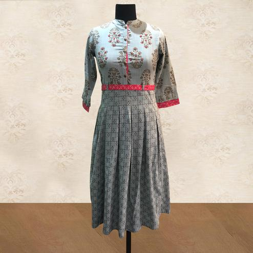 Intricate Grey Colored Party Wear Printed Cotton Long Kurti