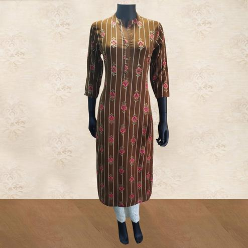 Blooming Brown Colored Partywear Floral Printed Rayon Kurti-Pant Set