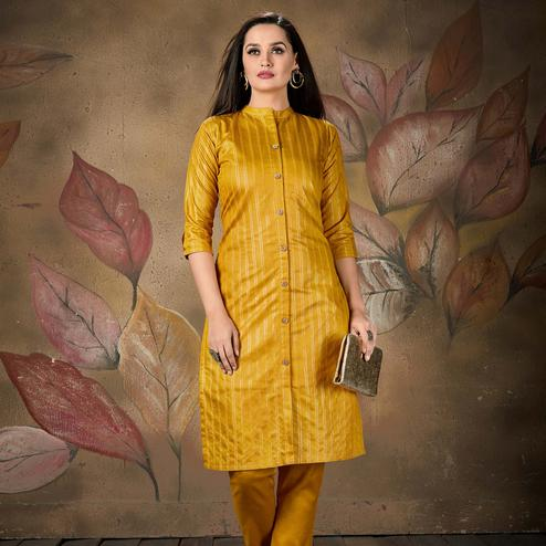 Majesty Lovely Mustard Yellow Colored Casual Wear Printed Cotton Kurti