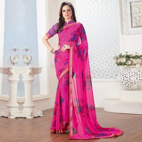 Arresting Pink Colored Casual Floral Printed Georgette Saree