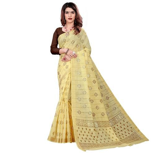 Imposing Yellow Colored Casual Wear Printed Cotton Saree