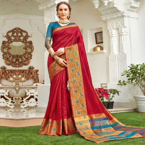 Ideal Red Colored Festive Wear Woven Handloom Silk Saree