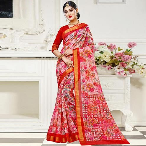 Mesmerising Pink Colored Casual Floral Printed Cotton Saree
