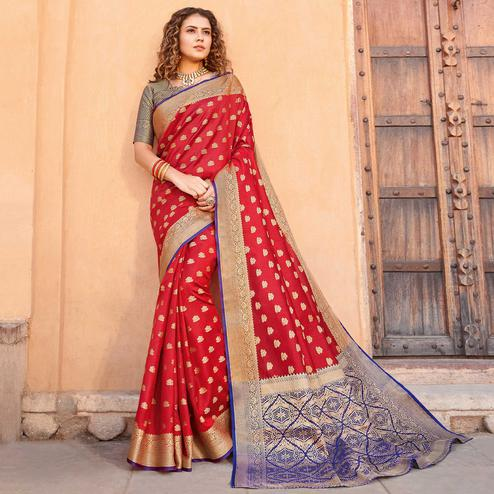 Arresting Red Colored Festive Wear Woven Handloom Silk Saree
