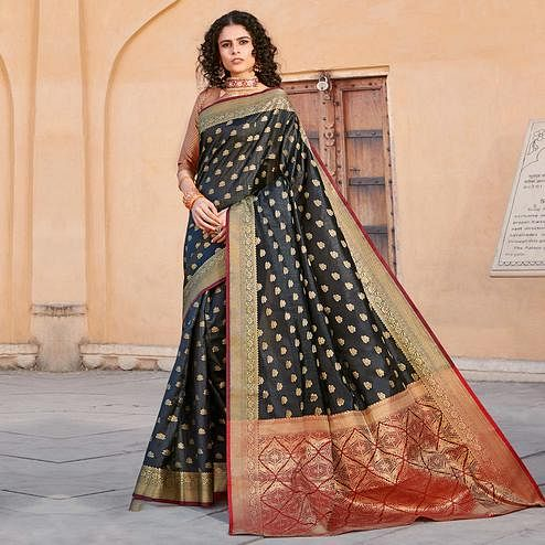 Sophisticated Black Colored Festive Wear Woven Handloom Silk Saree