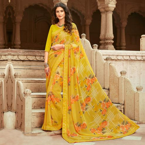 Groovy Yellow Colored Casual Floral Printed Georgette Saree
