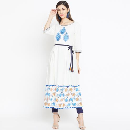 Graceful Off White Colored Casual Wear Printed Cotton Long Kurti