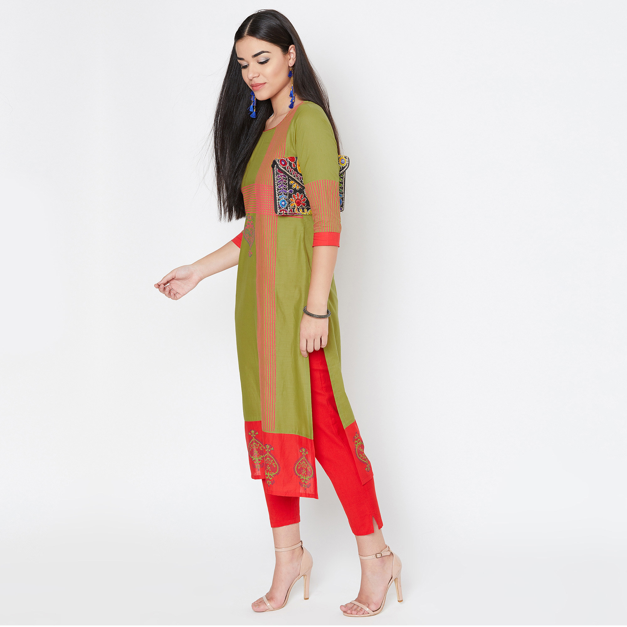Delightful Green Colored Casual Wear Printed Cotton Kurti